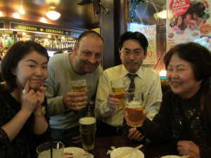 Mina, Andy, Ryugo and Uchiyama-san enjoy Friday night beers.